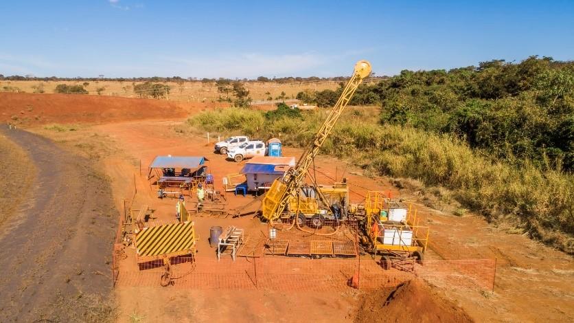 País possui cerca de 75 mil áreas de mineração retidas sem licitação