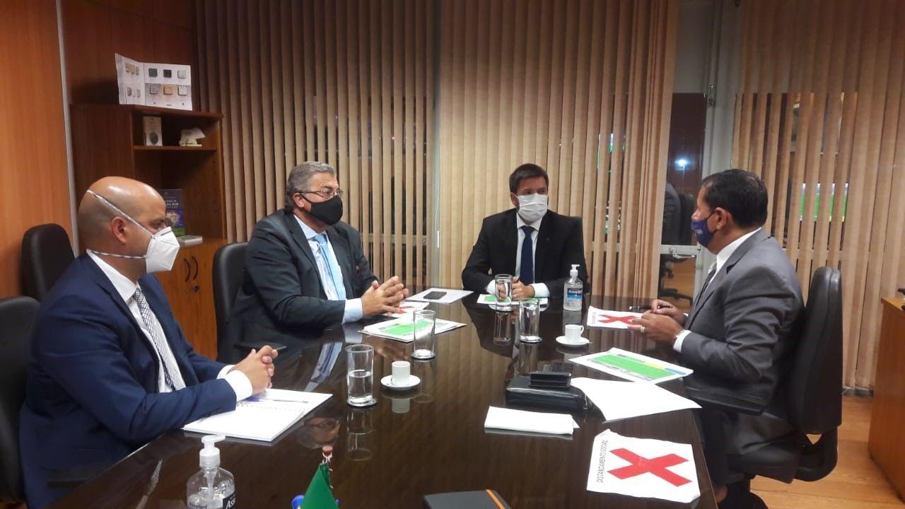 ABPM participa de audiência com secretário  Pedro Paulo  Dias  Mesquita no MME